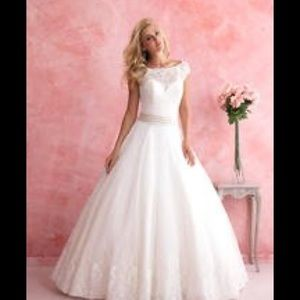ALLURE BRIDAL Gown Style# 2806